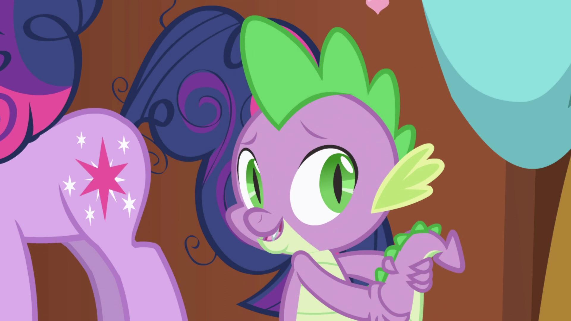 Мой маленький пони. Дружба - это чудо-1